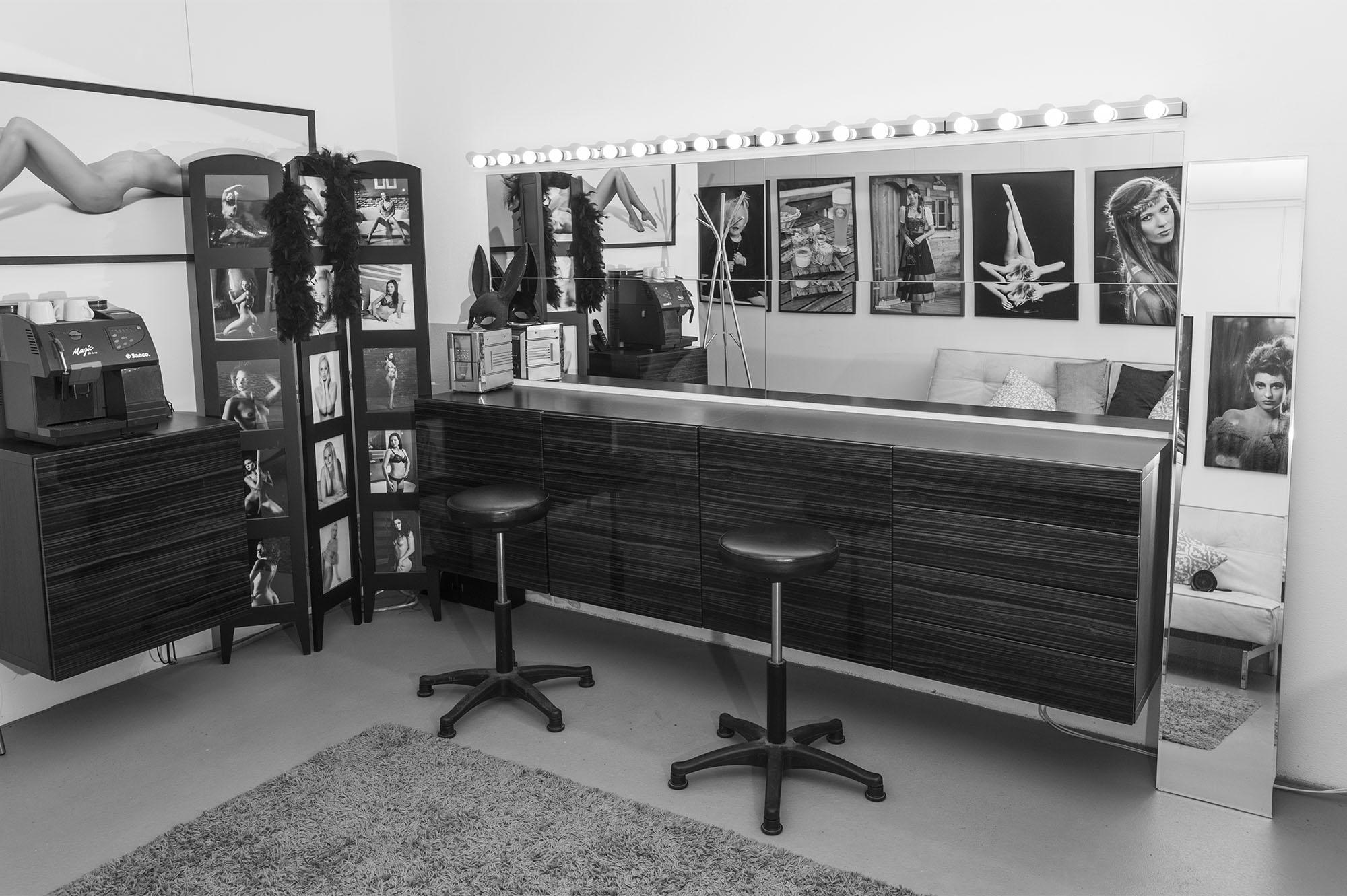 Makeup Bereich und Garderobe